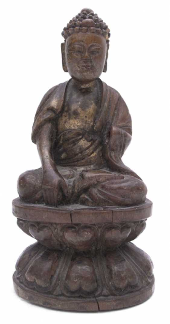Wood figure of Buddha Shakyamuni - photo 1