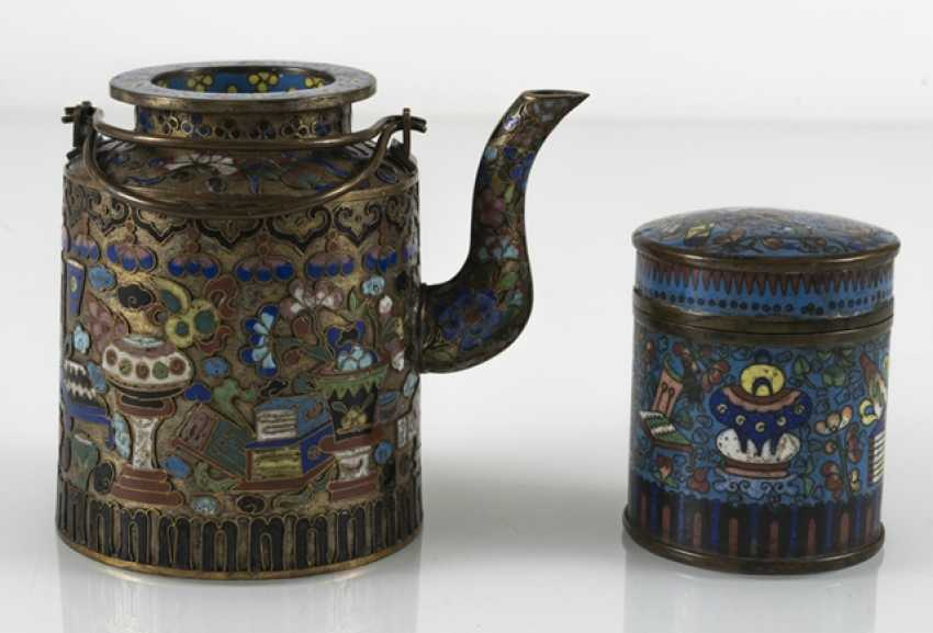 Teapot and Cloisonné cover box with decor of Antiques - photo 3