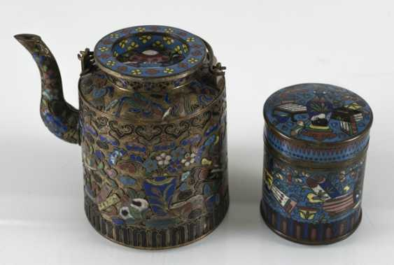 Teapot and Cloisonné cover box with decor of Antiques - photo 5