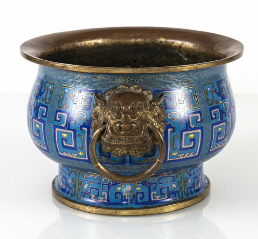 Partially fire-gilded Cloisonné incense burner in archaic style with Handle - photo 2