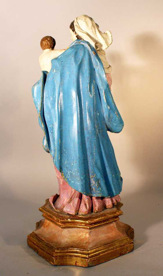 Italian Madonna with Jesus child holding a dove - photo 3