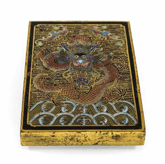 Fire gold-plated paper weight made of Bronze with Cloisonné decoration of a dragon - photo 1