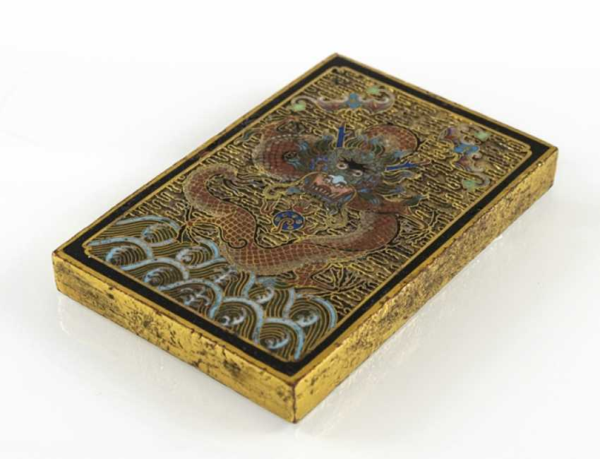 Fire gold-plated paper weight made of Bronze with Cloisonné decoration of a dragon - photo 3