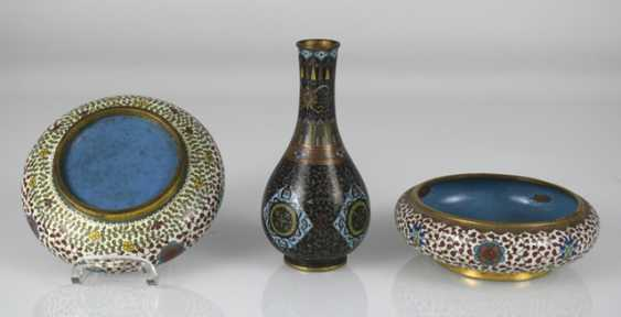 Group of Cloisonné-Work, including Some brush washer, birdbaths, vases, and cans - photo 4