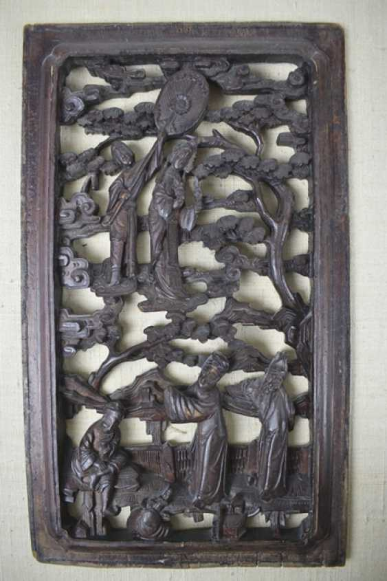 Five carved panels, some with gold lacquer - photo 2