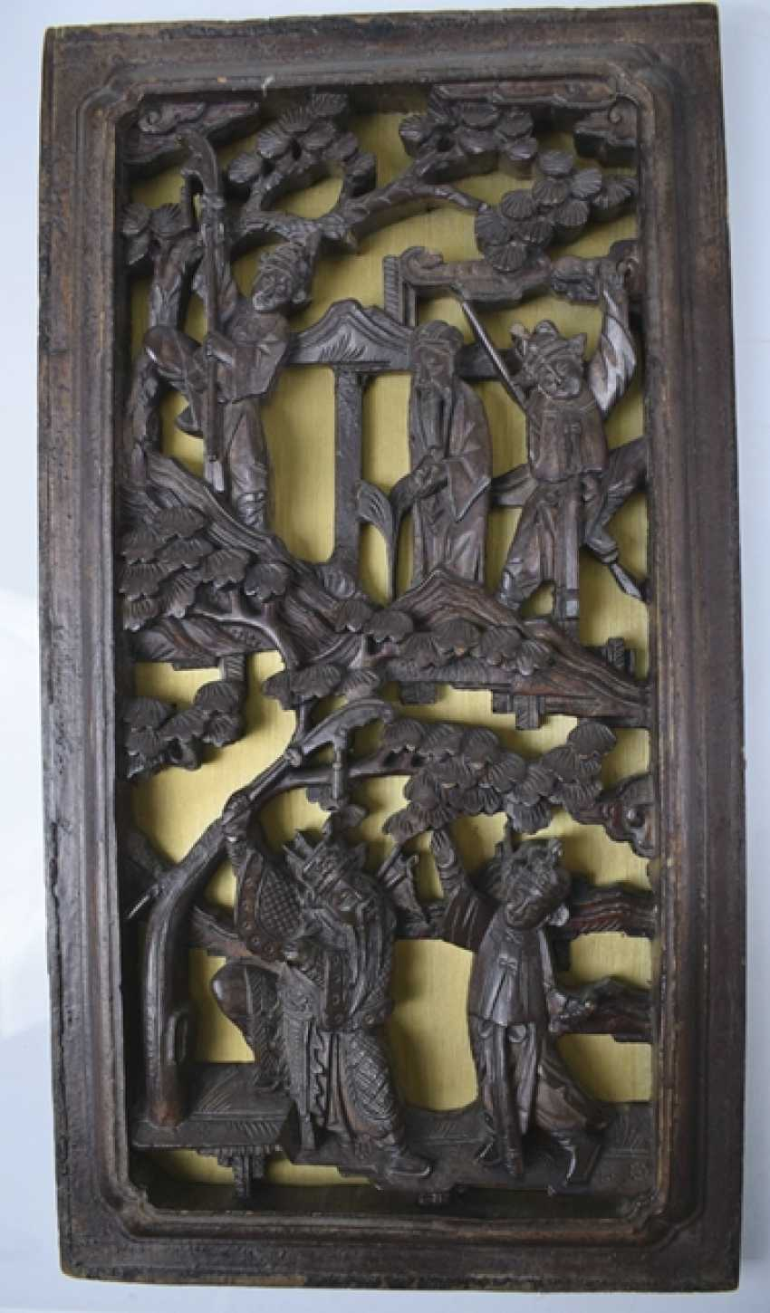 Five carved panels, some with gold lacquer - photo 4