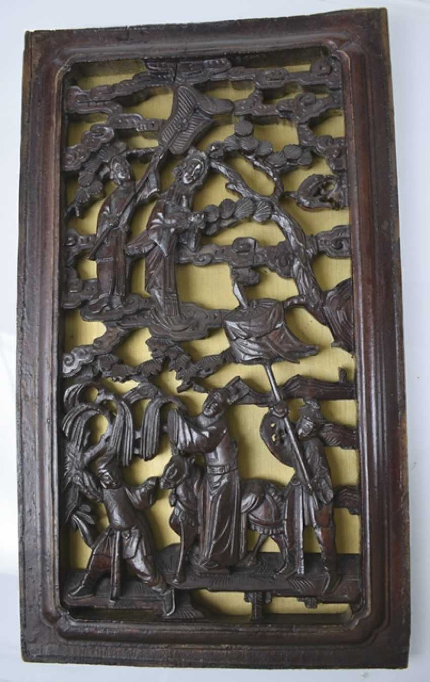 Five carved panels, some with gold lacquer - photo 5
