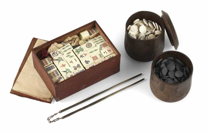 Two cups with Go-stones, a Mah-Jongg game and a Pair of chopsticks - photo 1
