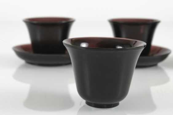 Four cups and three saucers violet transparent Peking glass - photo 2