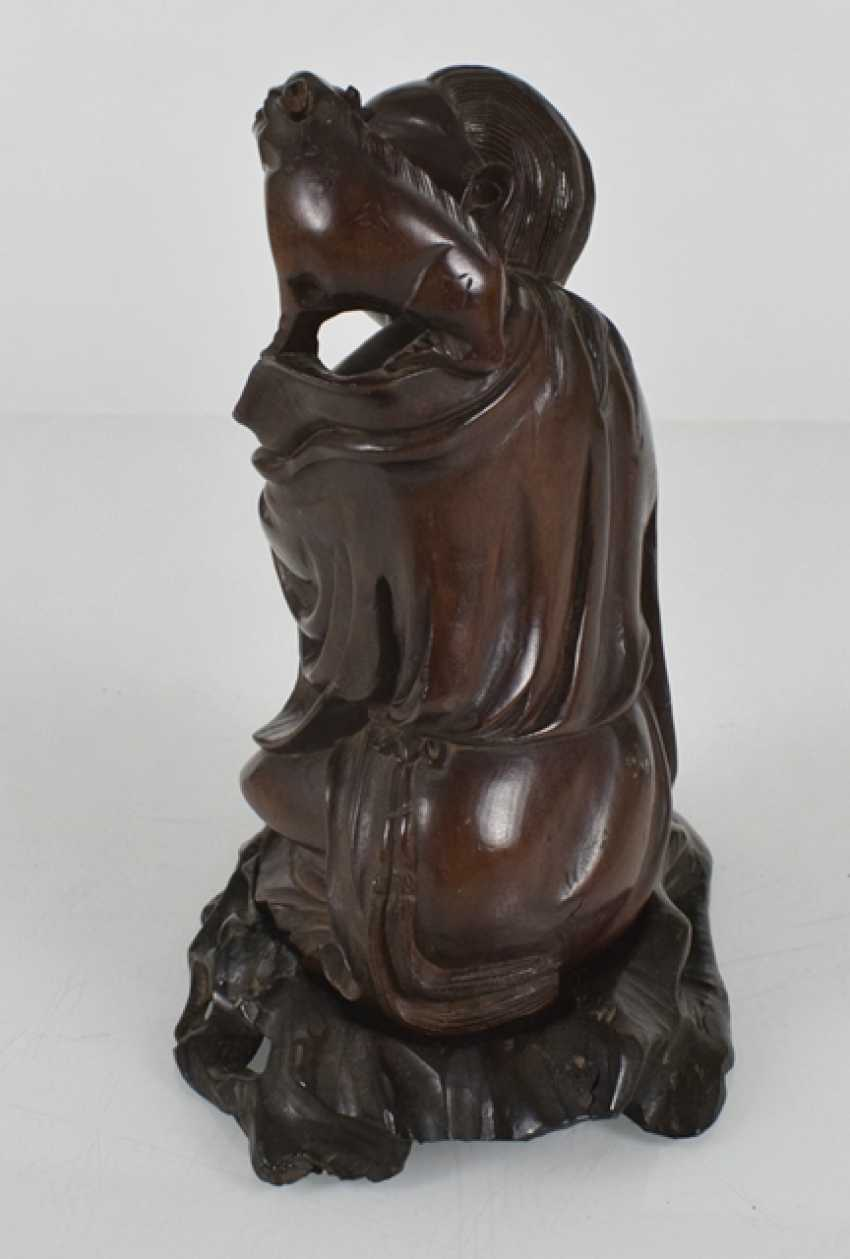 Wood carving of Liu Hai - photo 2