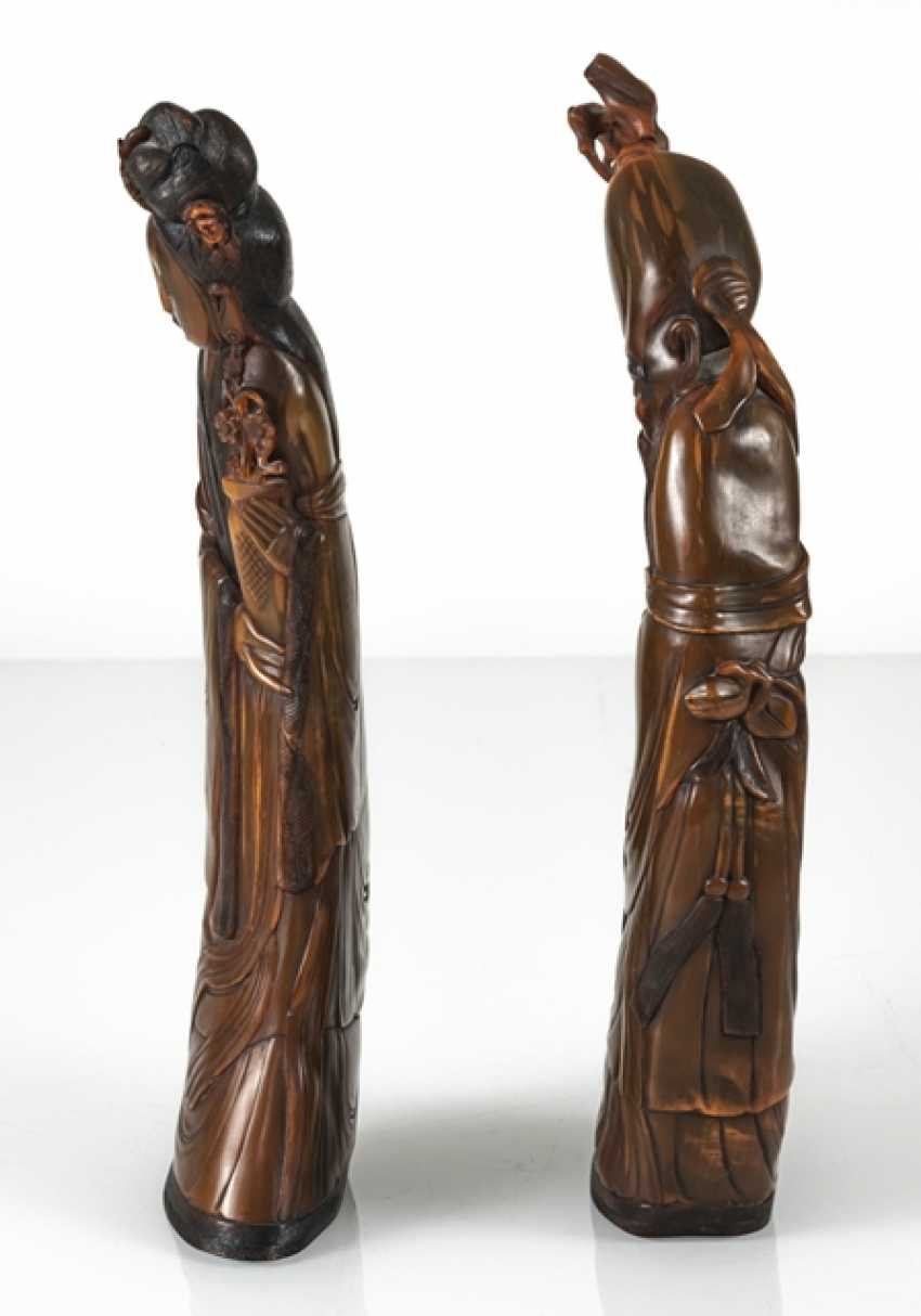 Lady with flowers and Shoulao from orange-brown Buffalo horn carved - photo 3