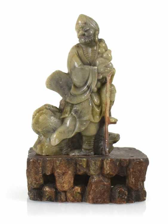 Soapstone carving of Bodhidharma - photo 1