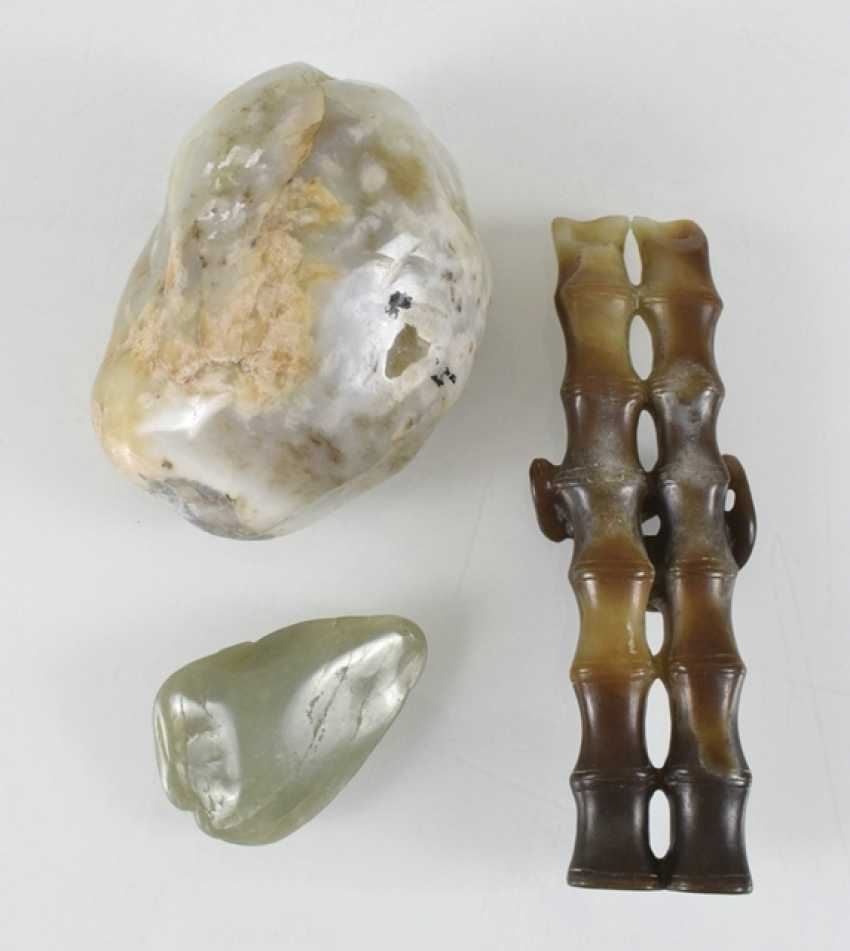 Three paper weights made of Jade, including in the Form of bamboo - photo 2