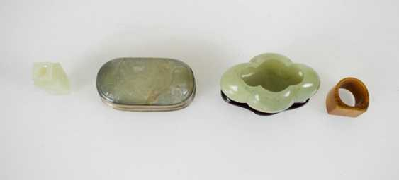 Brush washer, lid tin, our vase vial and archers ring Jade - photo 3