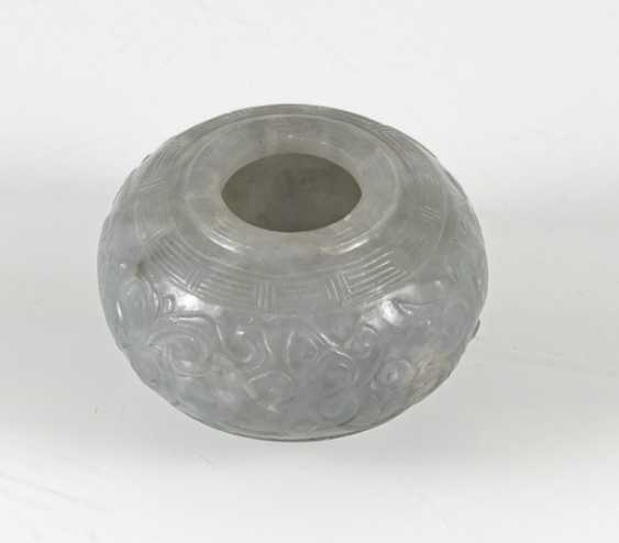 Brush washer made of jadeite floral carving decor - photo 3