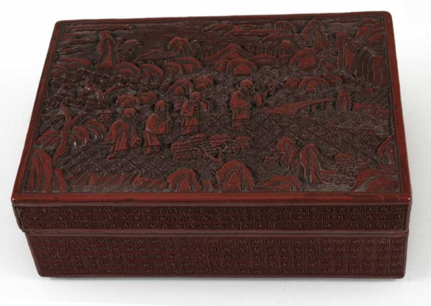 Round and rectangular lidded box with lacquer red decor of boys ' and scholars - photo 4