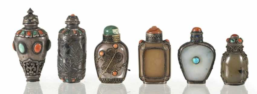 Six silver and silver ornaments Snuffbottles - photo 1