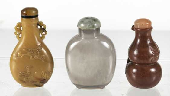 Three Snuffbottles made of stone or agate - photo 3