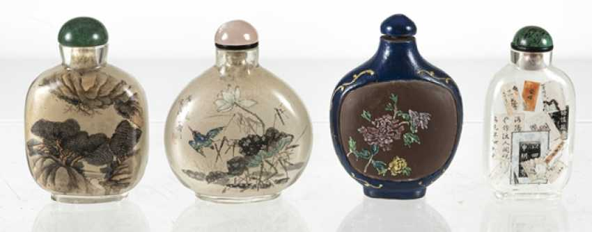 Four Snuffbottles, three inside-painted glass, made from Zisha-Ware - photo 3