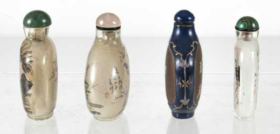 Four Snuffbottles, three inside-painted glass, made from Zisha-Ware - photo 4
