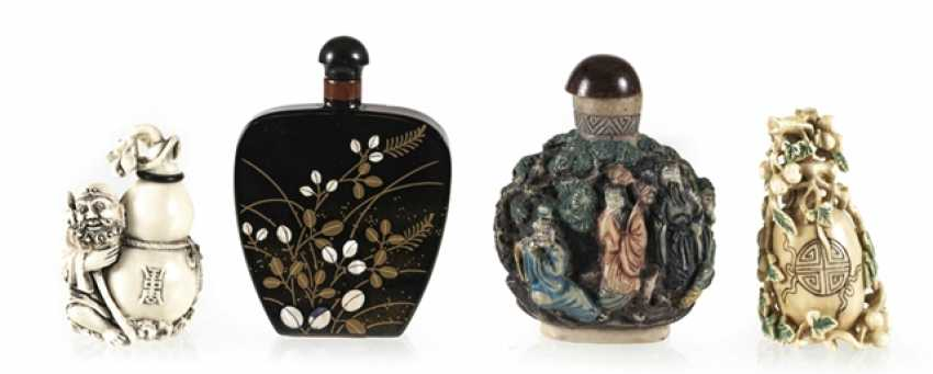 Four Snuffbottles made of lacquer, ivory, among others - photo 1