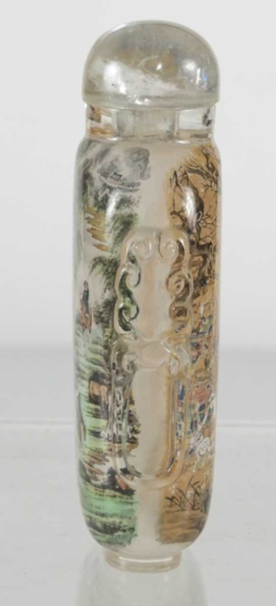 Snuffbottle made of glass with a fine interior painting - photo 3