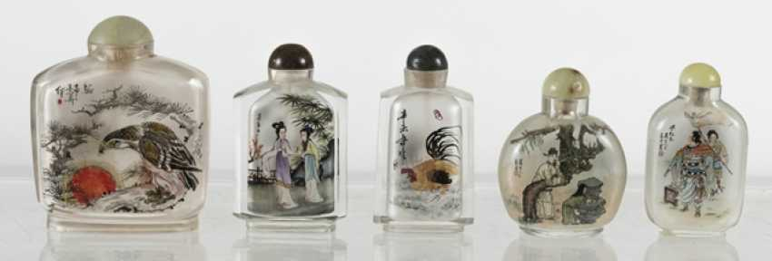 Lot of five Snuffbottles: glass with inside painting - photo 3