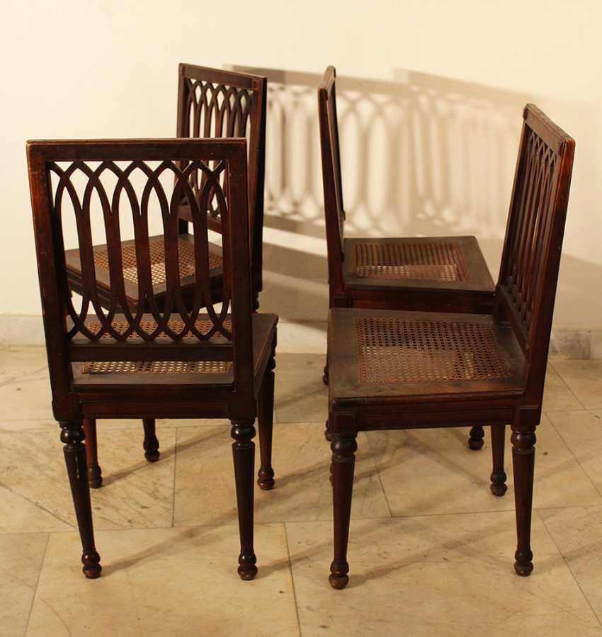 A set of four Louis XVI dining chairs, each with four fluted and turned legs - photo 2