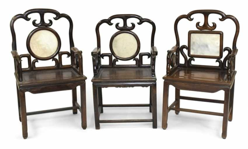 Three arm-chairs made of hard wood with marble deposits - photo 1