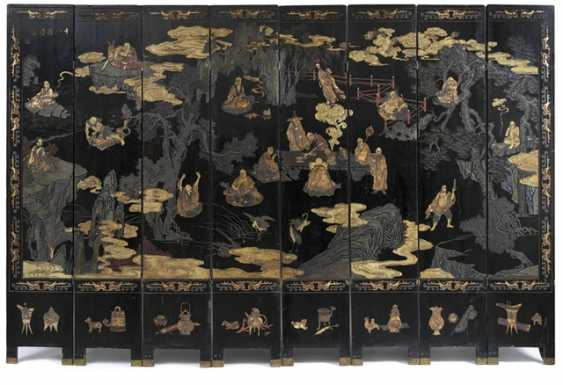 Eight-piece control screen of Coromandel lacquer, with scenes of Lohan and Antiques - photo 1