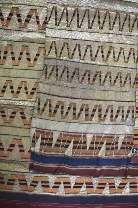 Five textiles made of silk, among others - photo 2