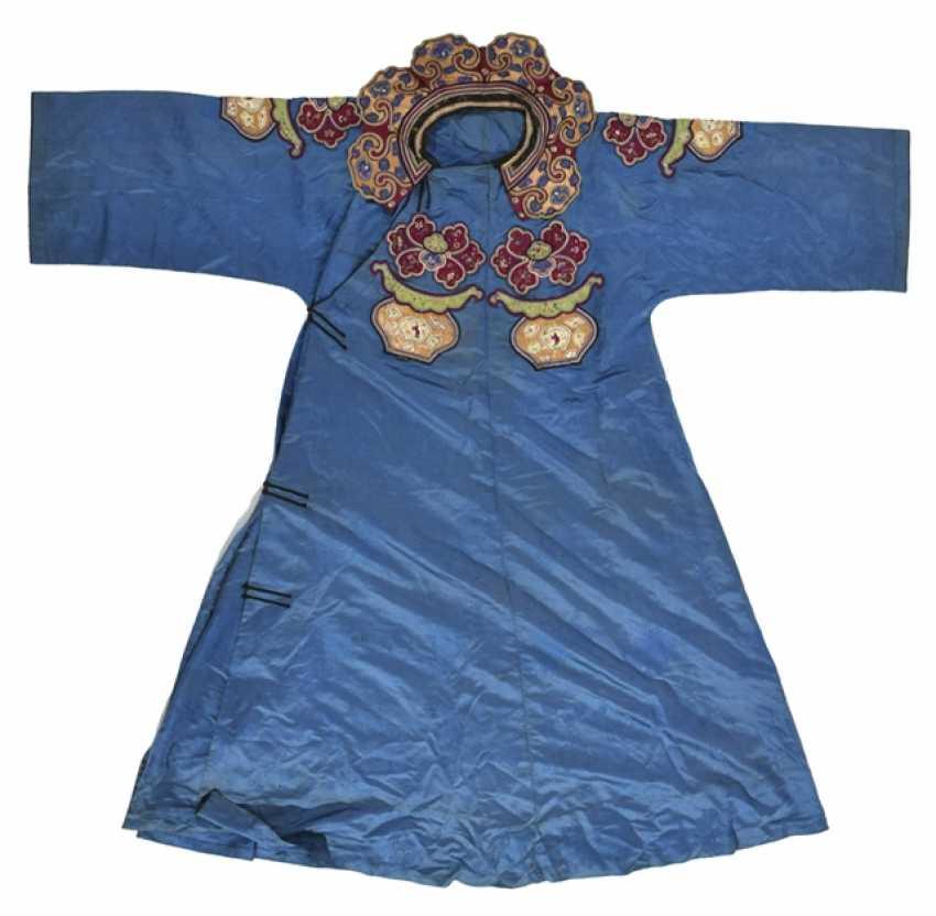 Blue grundiges theatre costume made of silk - photo 1