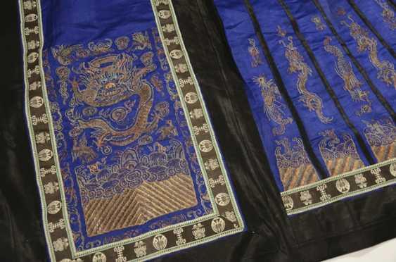 Ladies skirt, made of silk - photo 2
