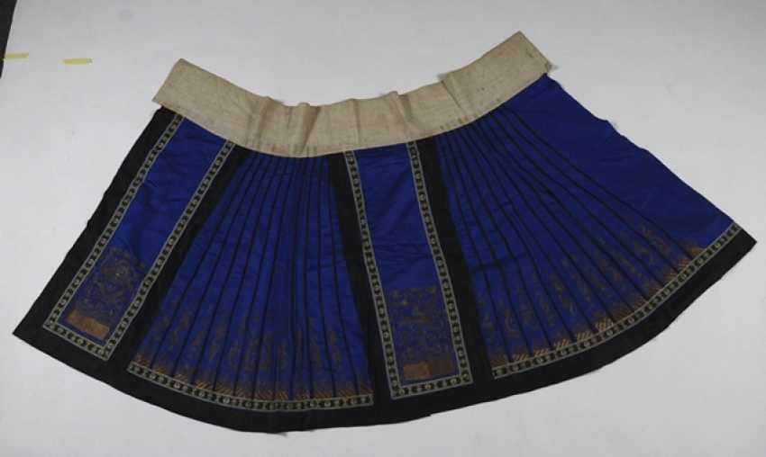 Ladies skirt, made of silk - photo 4