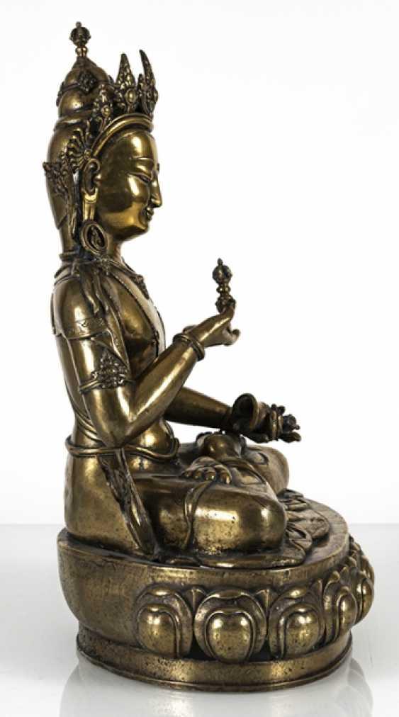 Fire-gilt Bronze of Vajrasattva - photo 3