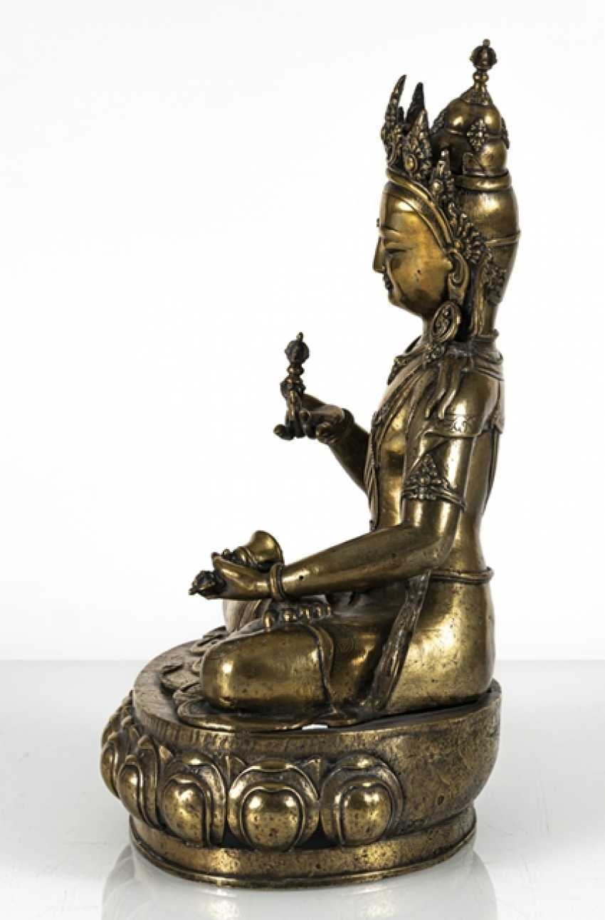 Fire-gilt Bronze of Vajrasattva - photo 5