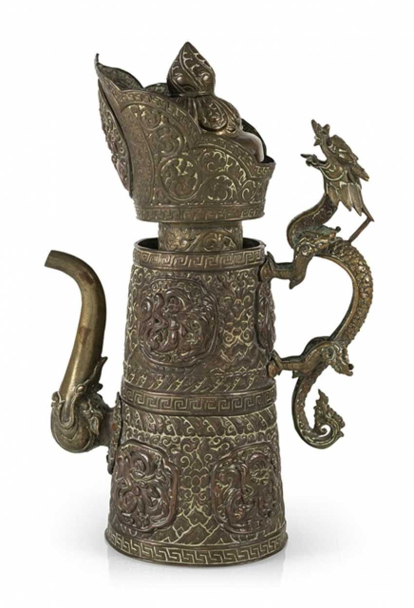Driven by the jug is made of brass and copper with dragon lid - photo 1