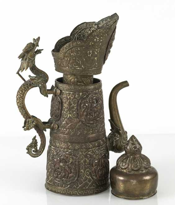 Driven by the jug is made of brass and copper with dragon lid - photo 4