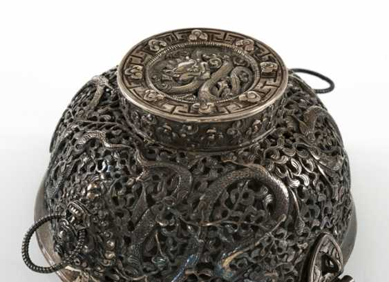 Fine lidded box of a precious Cup made of silver with nine dragons in breakthrough - photo 3