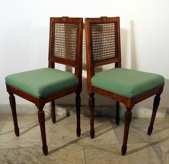 A pair of Louis XVI dining chairs - photo 2