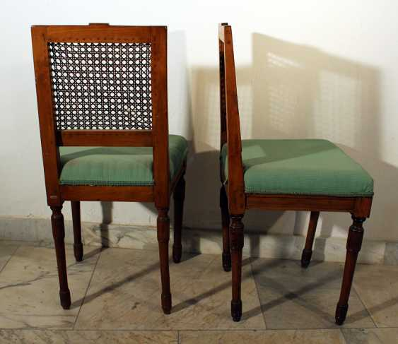 A pair of Louis XVI dining chairs - photo 3