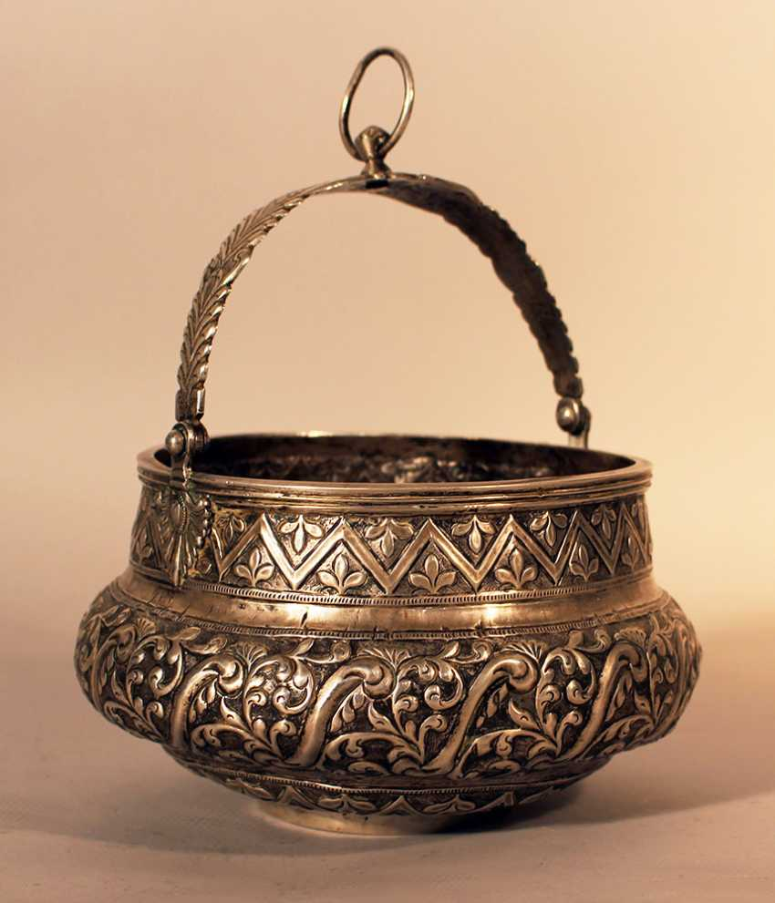 South American silver container, bowed shape and thin neck - photo 1