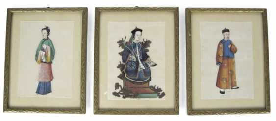 Three framed rice paper paintings with figurative representations - photo 1