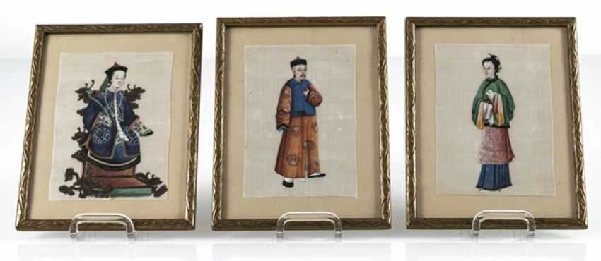Three framed rice paper paintings with figurative representations - photo 7