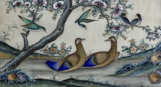 Two Rice paper paintings of birds and plants, under glass framed - photo 1
