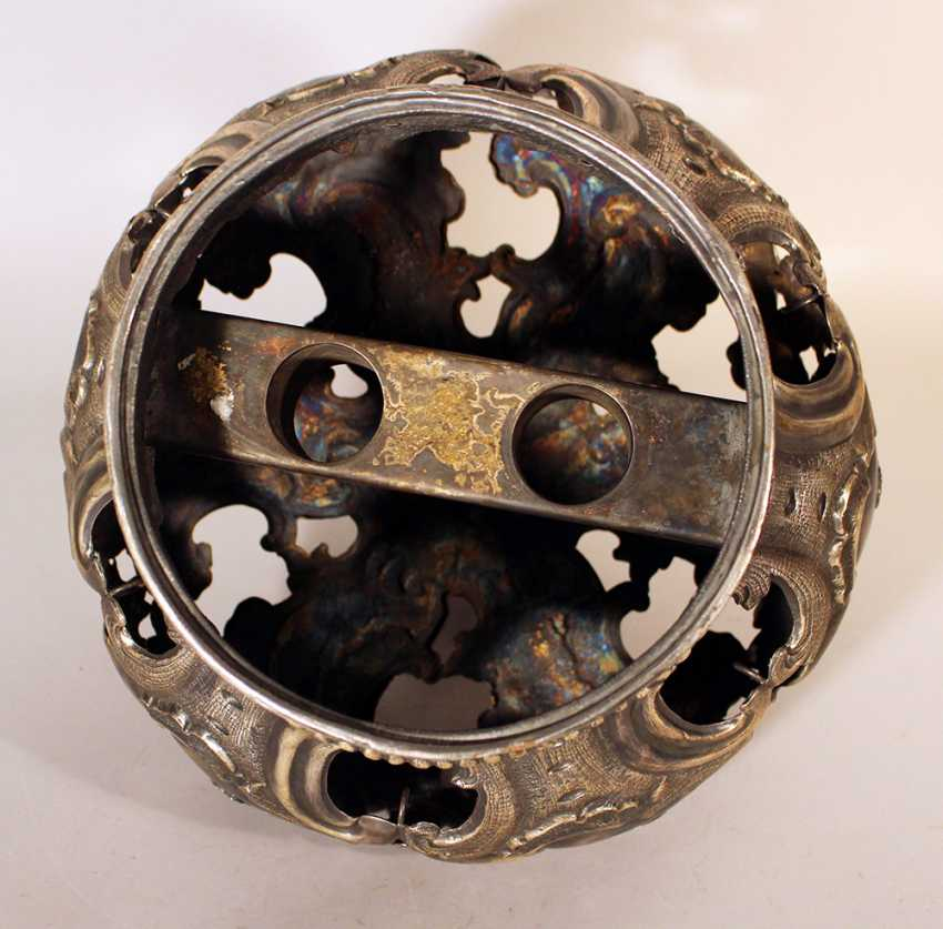 Jewish silver Torah crown with bowed round shape, decorated with open work, scrolls and chased flowers and ornaments - photo 3