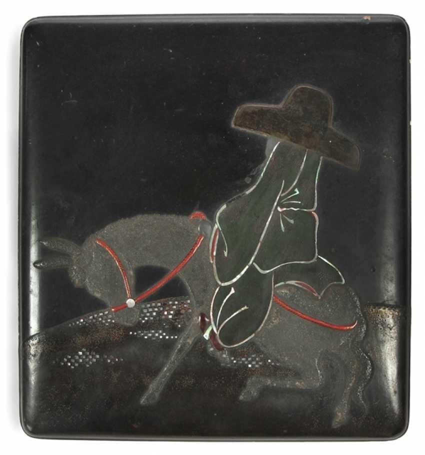 Suzuribako with a representation of the Chôkaro on his mule - photo 1