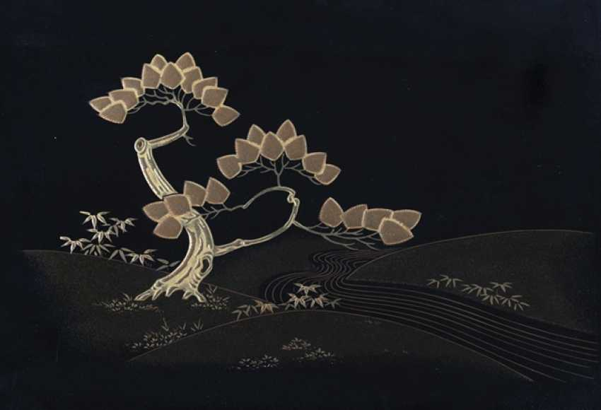 Tray with gold lacquer decoration of a pine tree on a river on a black background - photo 4