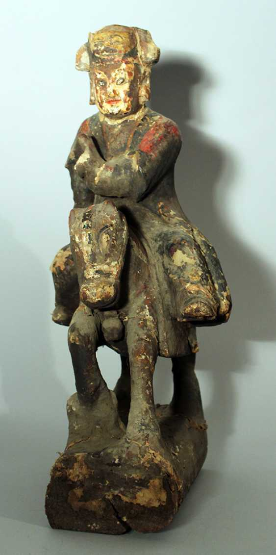 Chinese wooden sculpture of a horse rider with painted and decorated textile cover - photo 2