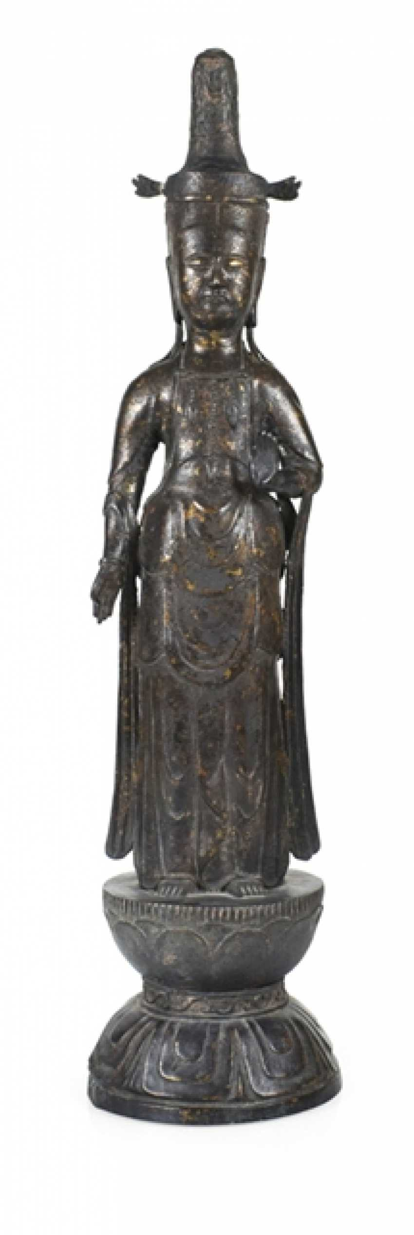Bronze standing Kannon - photo 1
